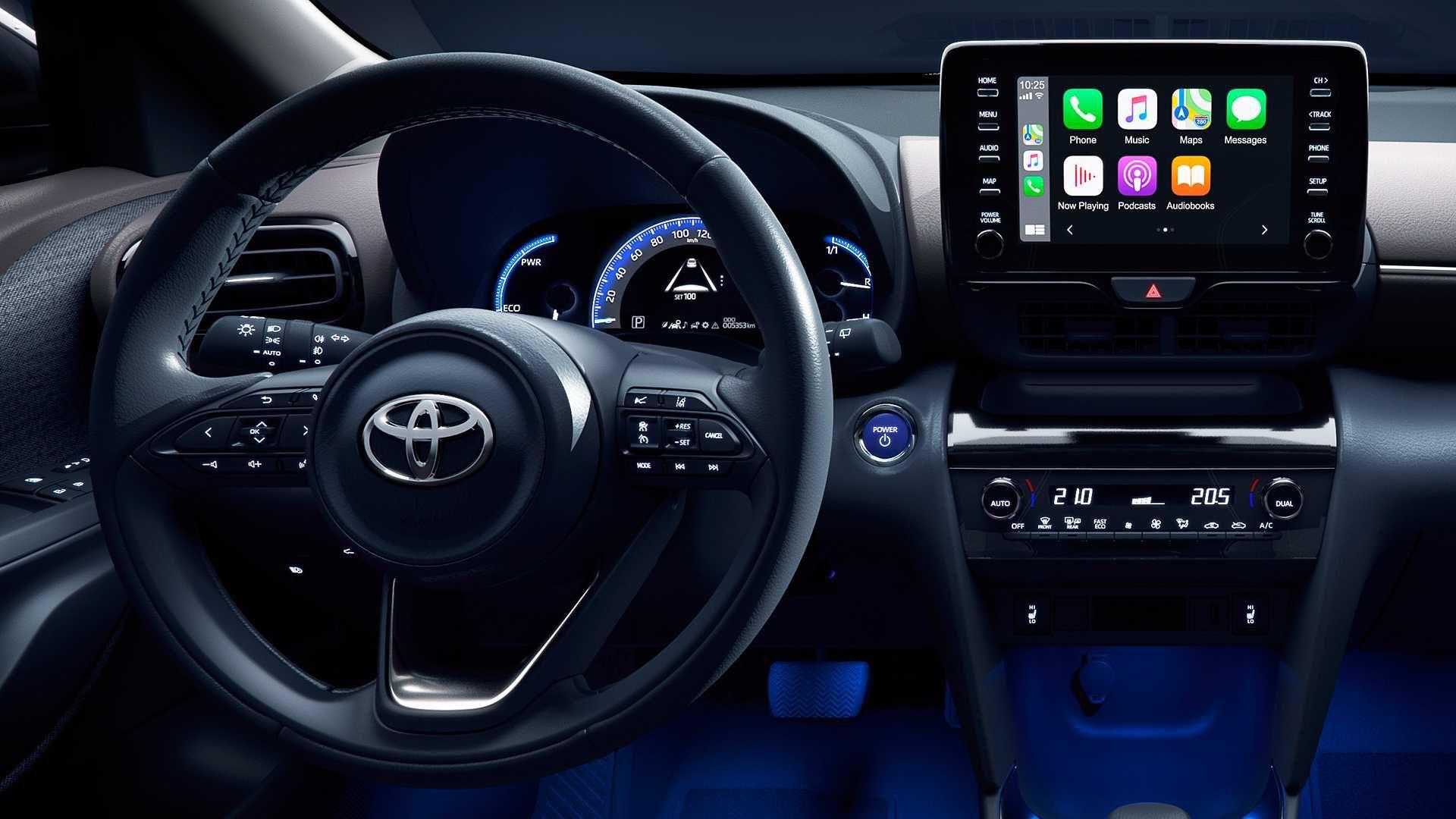 Foto del volante della Nuova Toyota Yaris Cross 2021
