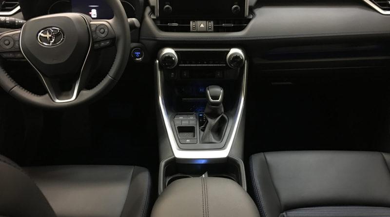Toyota rav4 2019 interni